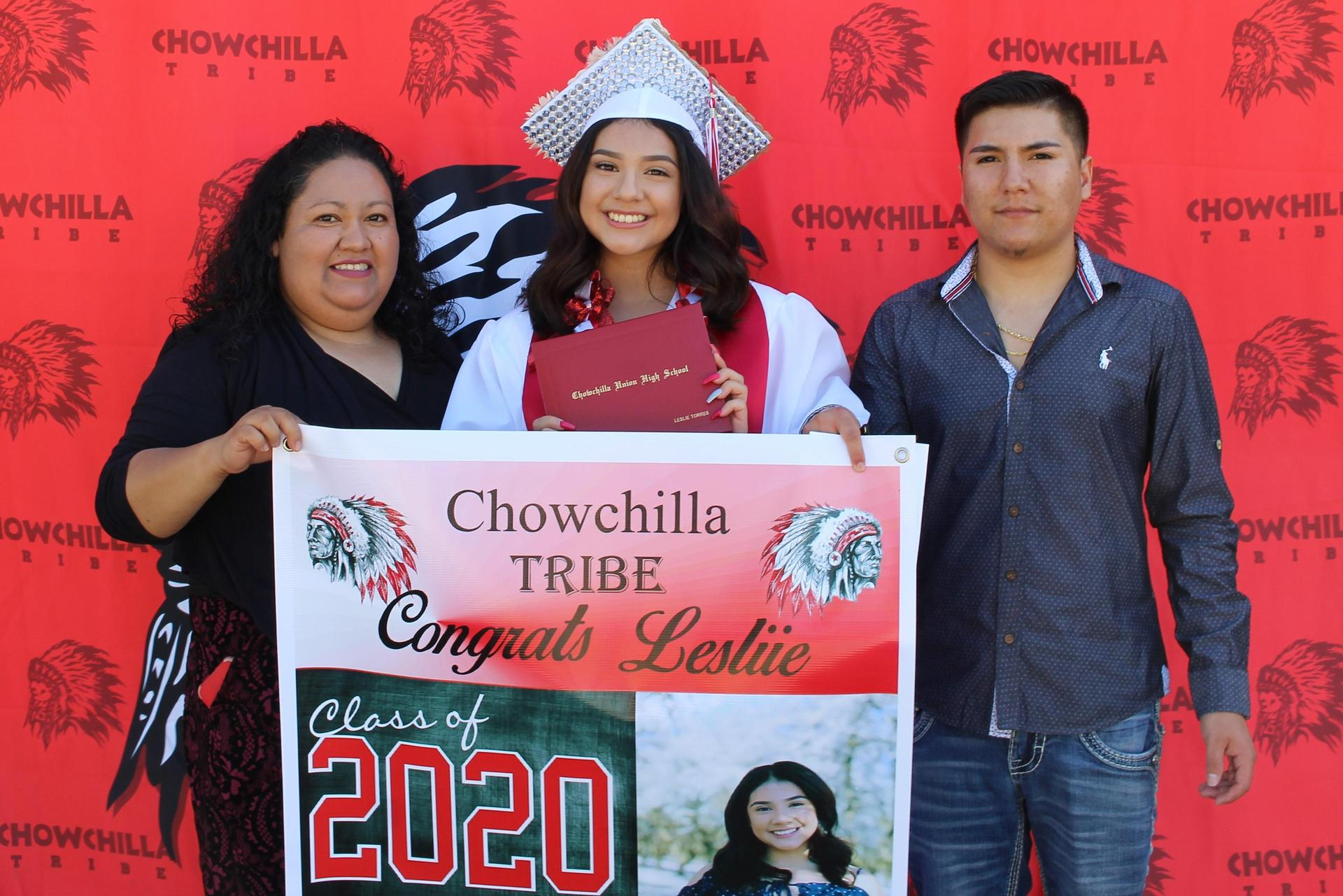 Leslie Torres and family