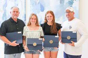 Tennis doubles honored by Trustees