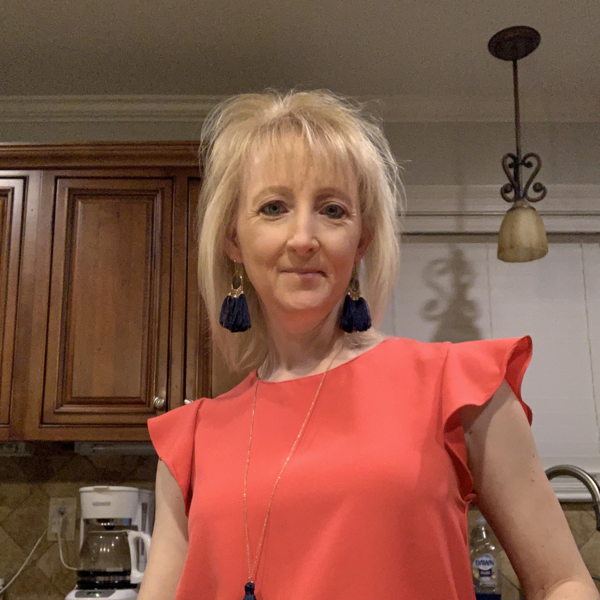 Jennifer Hebert's Profile Photo