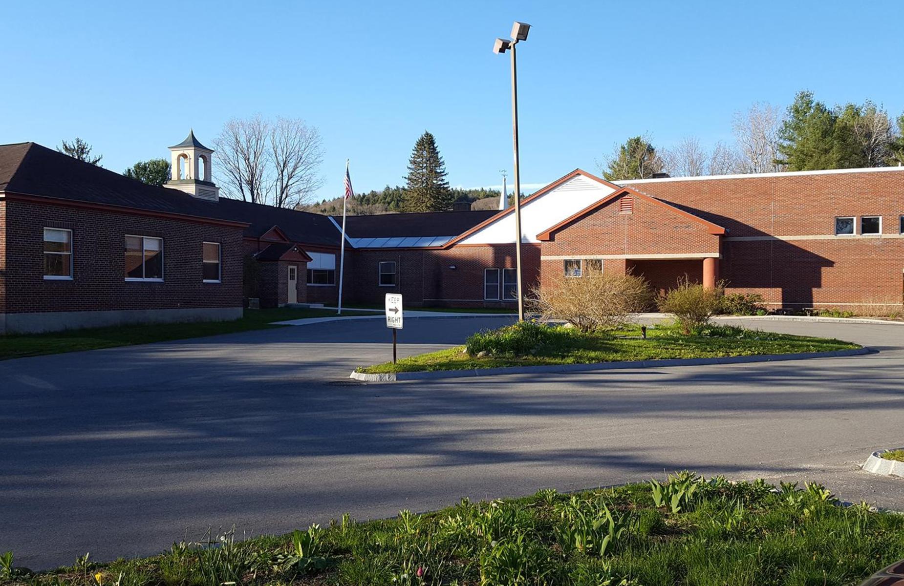 Wells Memorial School Entry