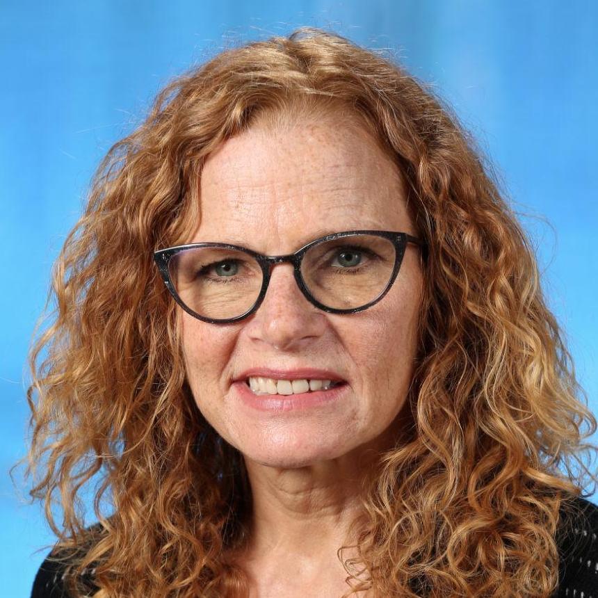 Nelly Hencker's Profile Photo