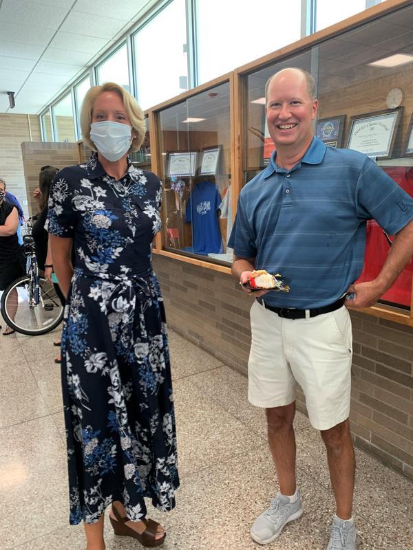 2019-20 High School Principal Susan Toothman and Retiree Jim Winter
