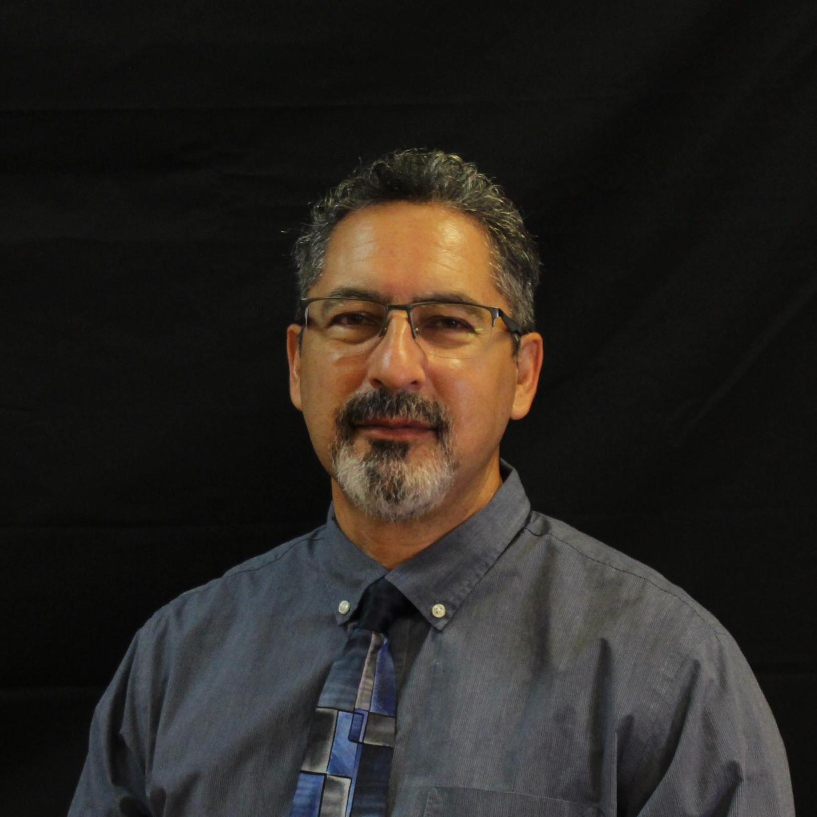 Edmundo Lopez's Profile Photo