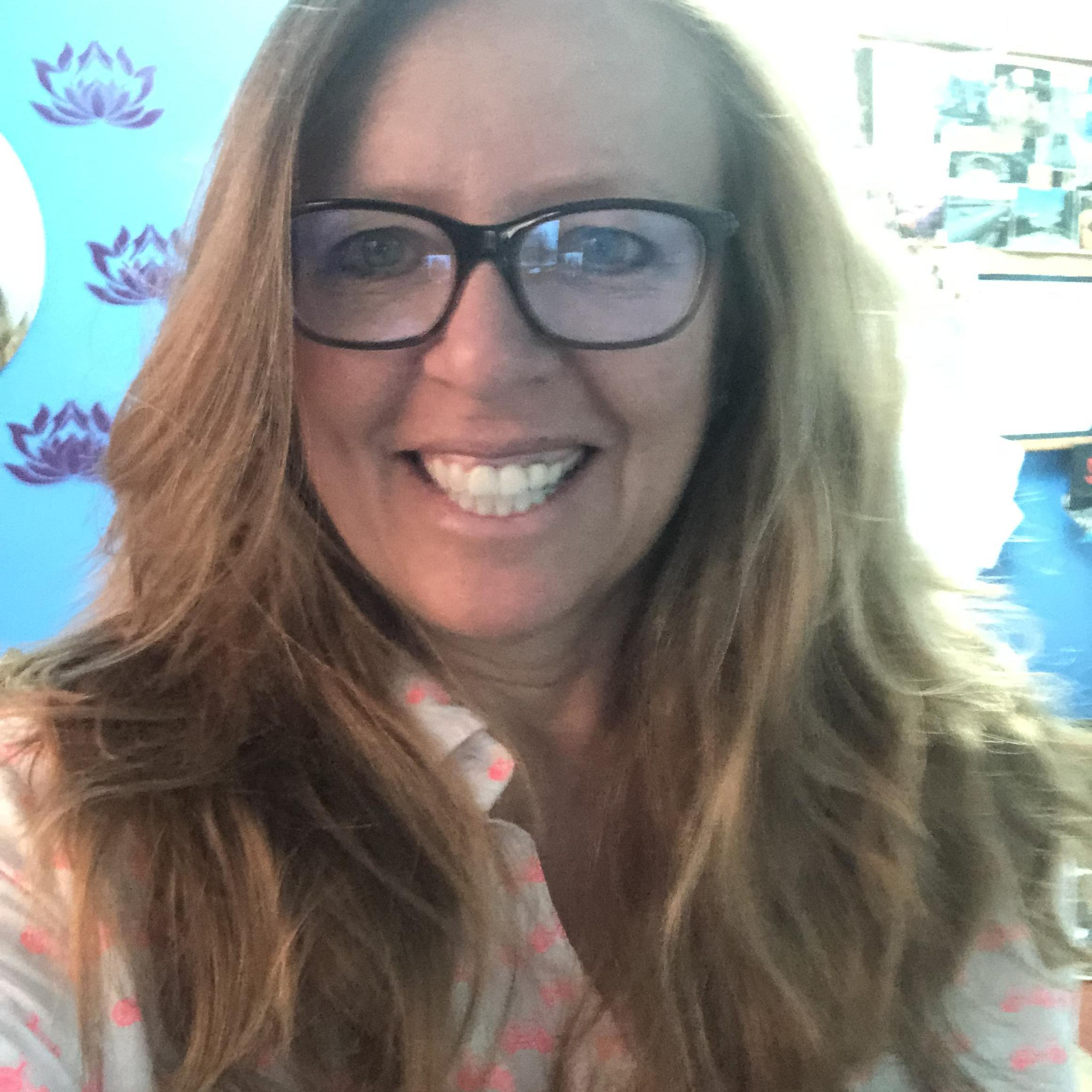 Karin Kroener-Valdivia's Profile Photo
