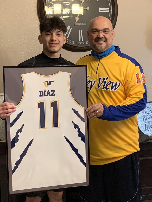 Diaz.jpg