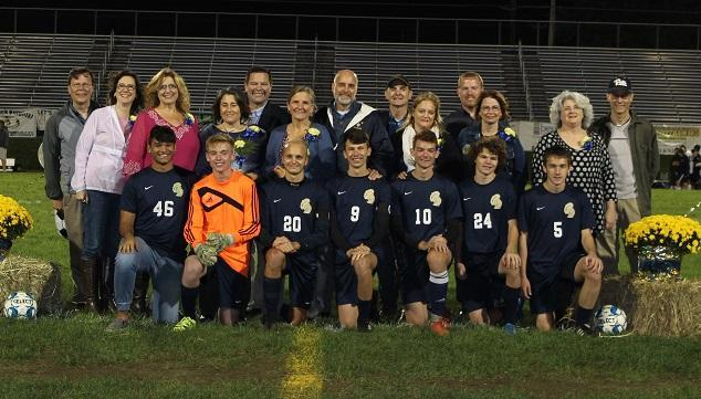 Group picture of Knoch Soccer Seniors and Parents