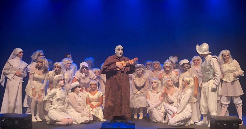 An Amazing Addams Family Performance Featured Photo