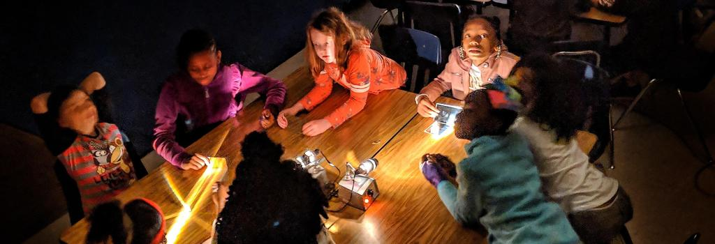 4th grade light experiment