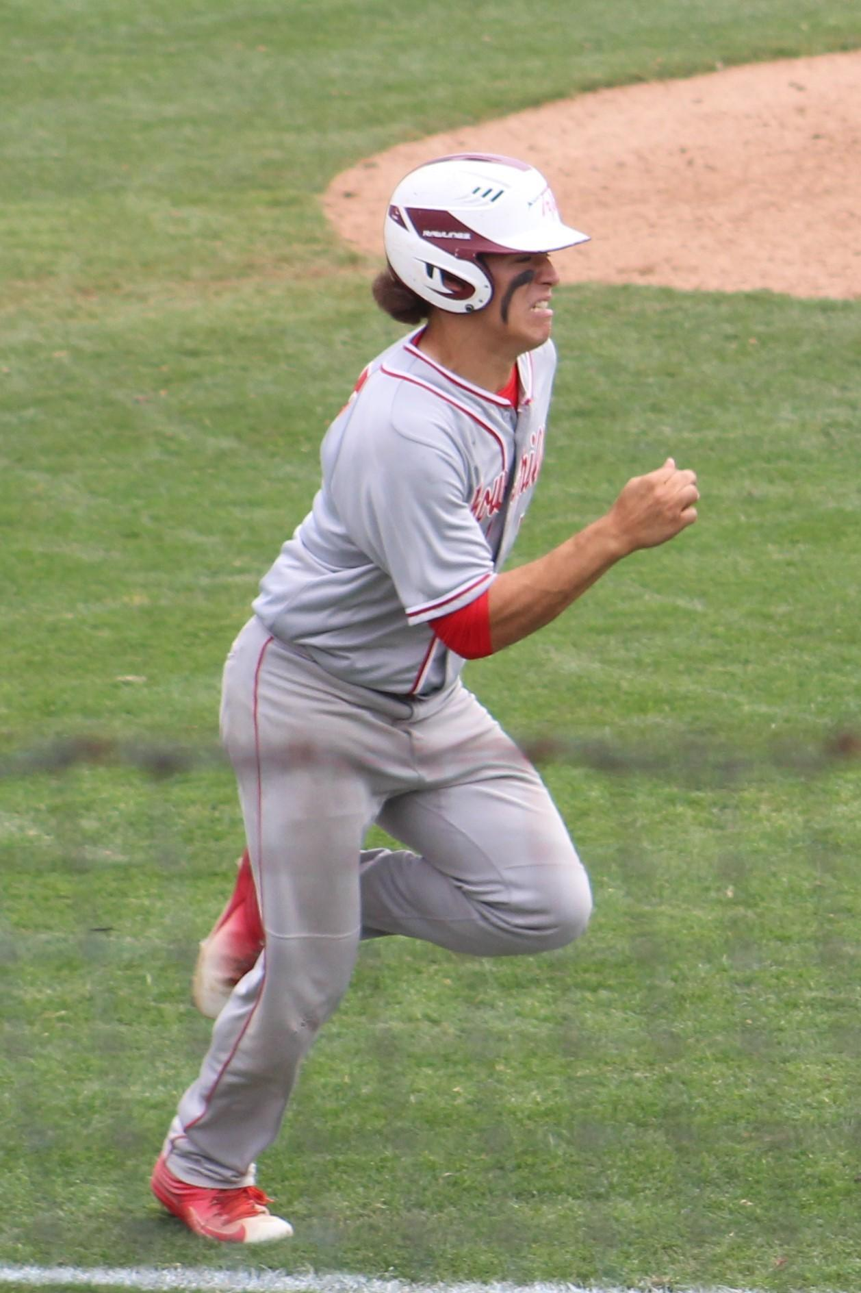 Cody Woolsey bats
