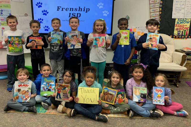 STUDENTS GET UNITED WAY BOOK DONATION