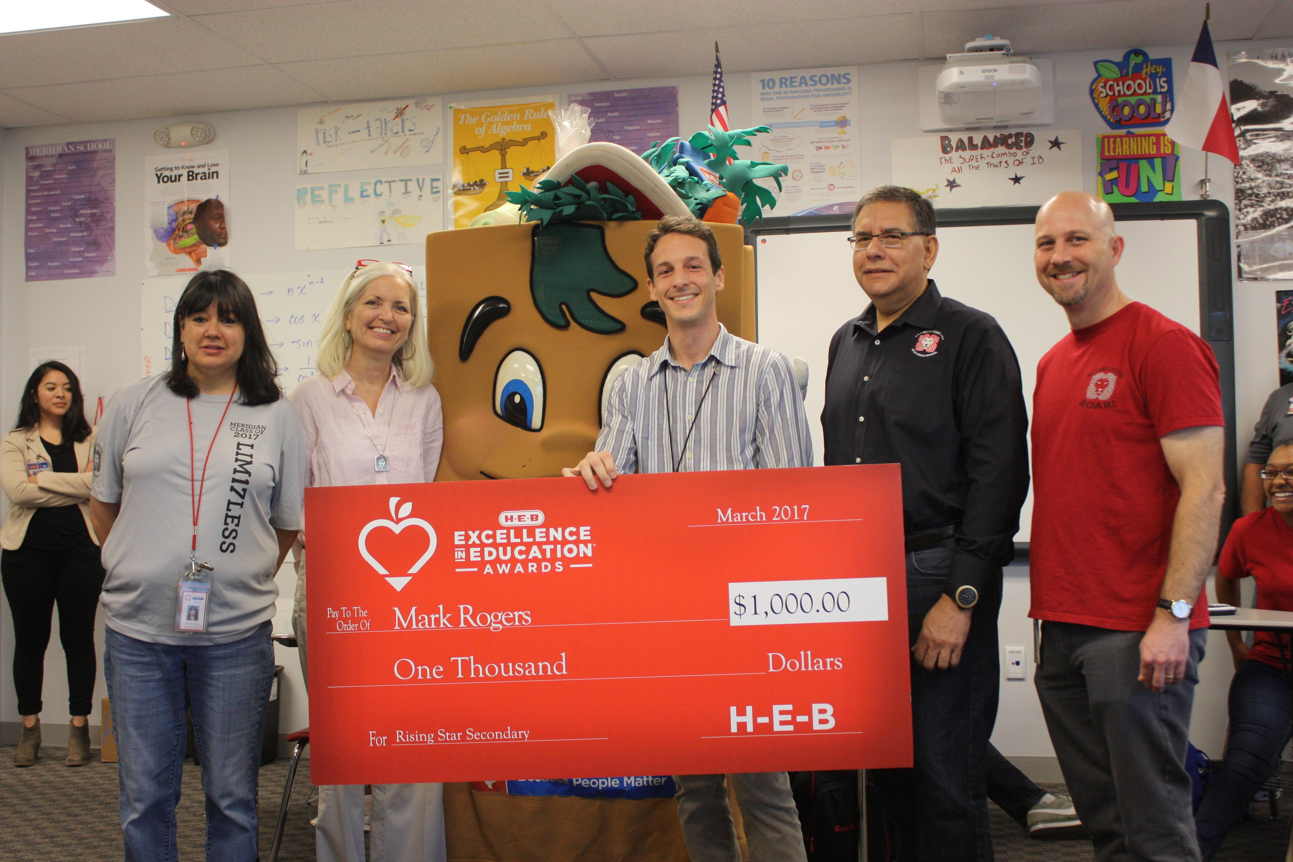 Mark Rogers receives HEB award