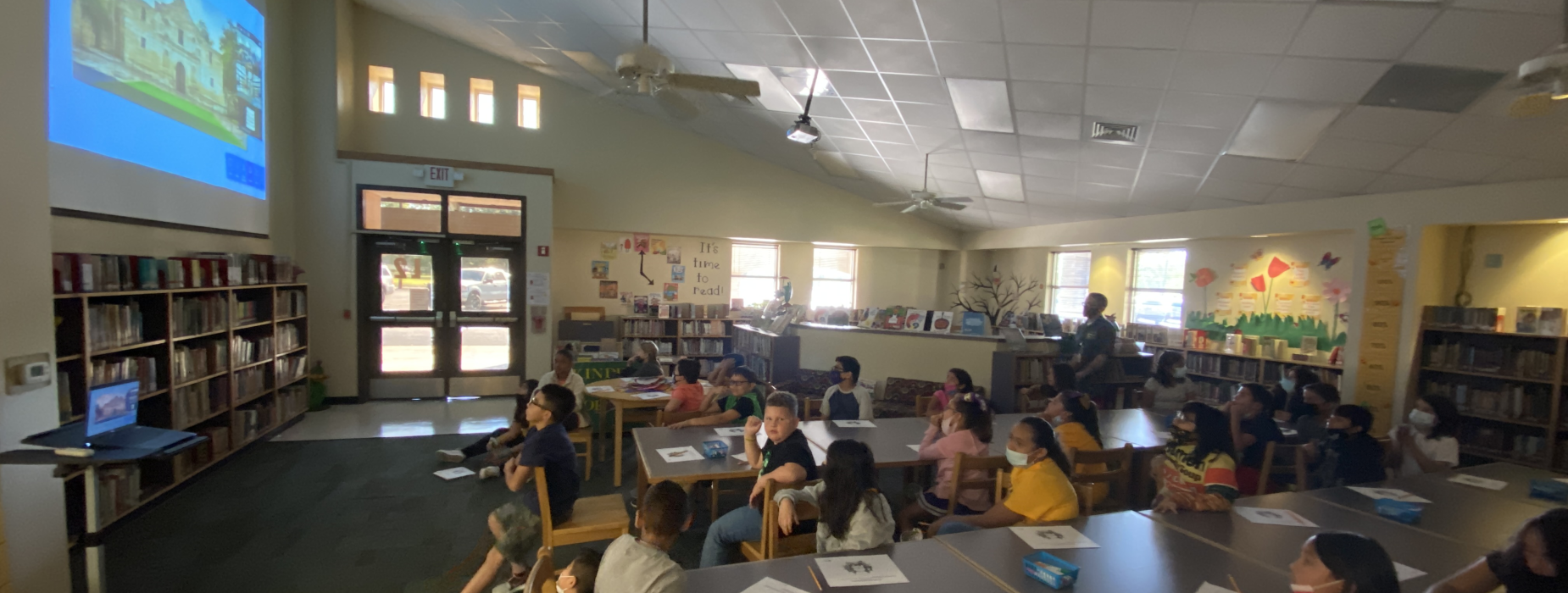4th Grade interacting with Bullock Texas History Museum for a virtual field trip.